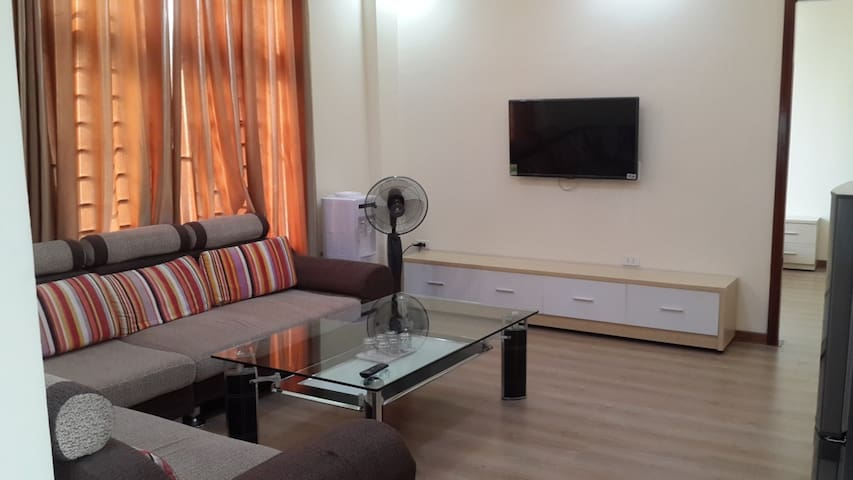 Tan Long Apartment and Hotel(Lach Tray Str)