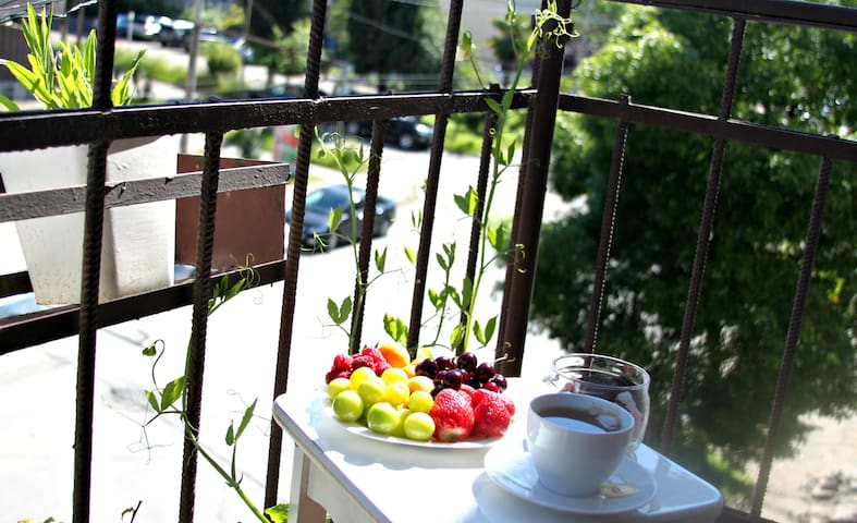 Квартира у берега черного моря. - Sokhumi - Apartamento