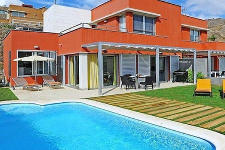 Excelente Villa  en Salobre Golf con piscina - サンバルトロメデティラハナ - 別荘