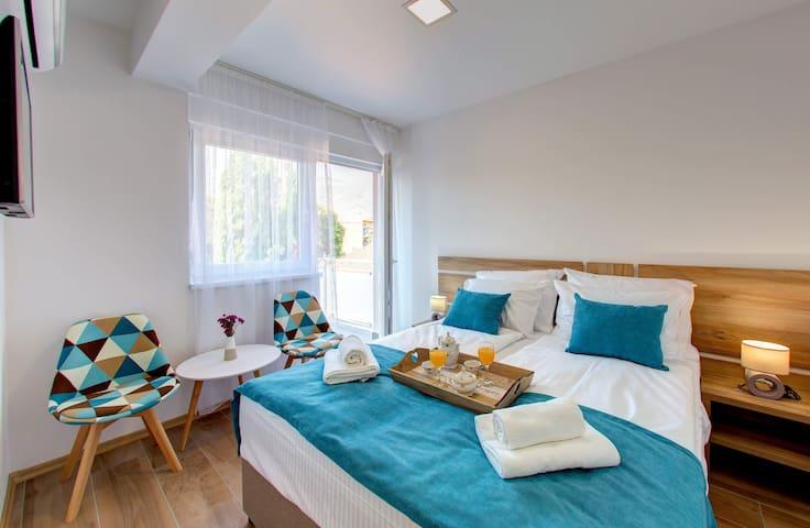 Villa Floris, Mostar, Double Room with Balcony