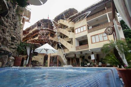 Hotel-Villas Las Azucenas Jr. Suite - Bungalov