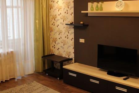 Comfortable Lux Apartments/Уютные апартаменты Люкс