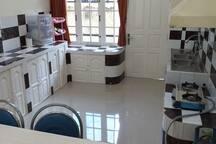 Guest House Anugerah Banjarmasin (King+Bathroom)