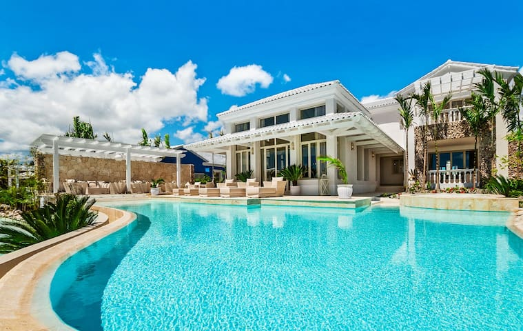 Imperiale Villa by Eden Roc at Cap Cana