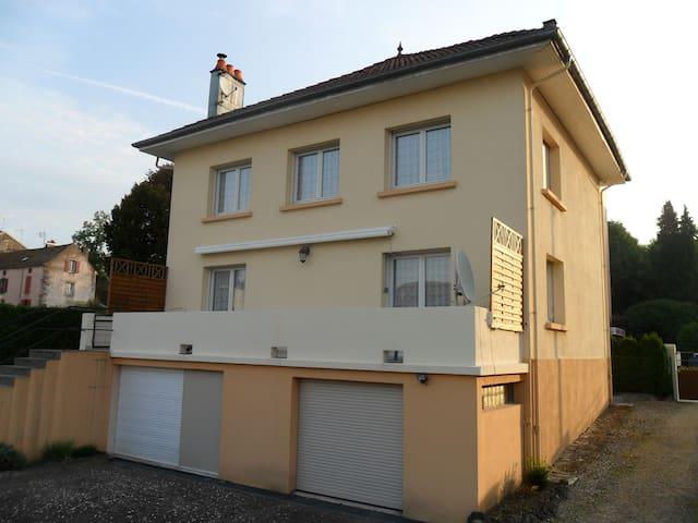 Maison classée 3* - Luxeuil-les-Bains - Huis