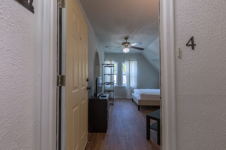 Inviting Studio Apt - Historic East Nashville
