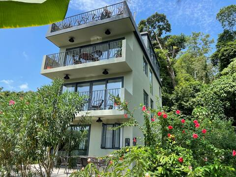 Ground floor of Mui Wo Village House 2BR