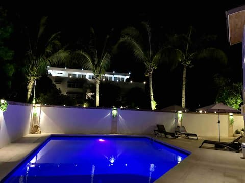 Luxury  Apartment 5 min from sosua beach w/jacuzzi