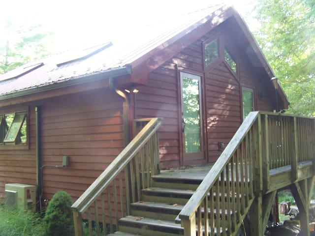 Branch's Studio in the Woods - Sugar Grove