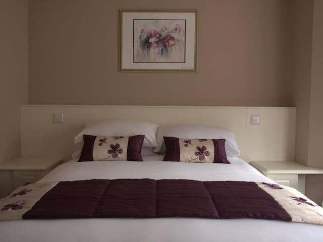 Double Room standard at Highclere Hotel