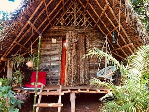 B- Lemon  Tree Hut -  Near Auroville