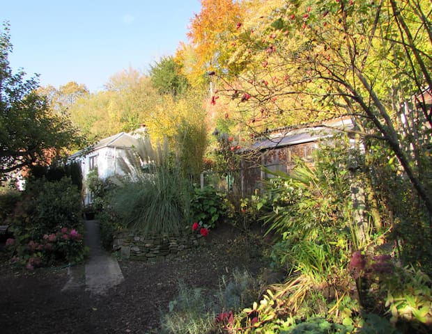 Forest of Dean Cabin: fab views, privacy, s/c bath