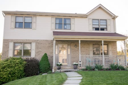 3BR Home Near Oakmont - Pittsburgh