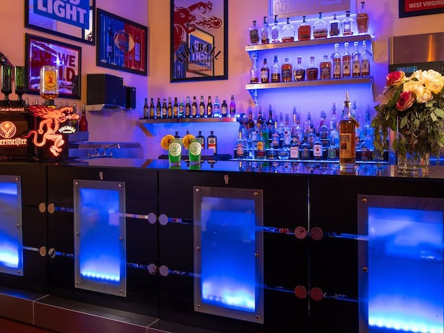 We have a full service bar located in our event center for weddings, meetings and festivals. Also we can stock your cabin with craft beer or liquor with notice.