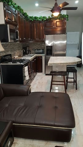 2 Bedrooms 2.5baths fully furnished - Ladyville - Byt