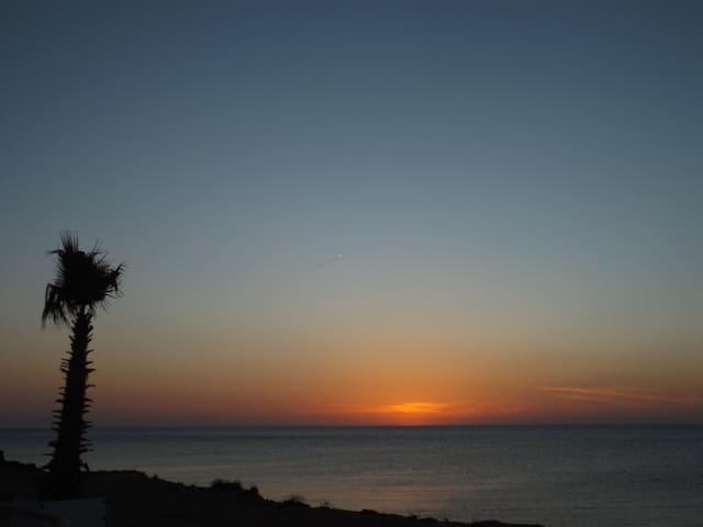 Casa relax con posto auto, a due passi dal mare. - Petrosino - House