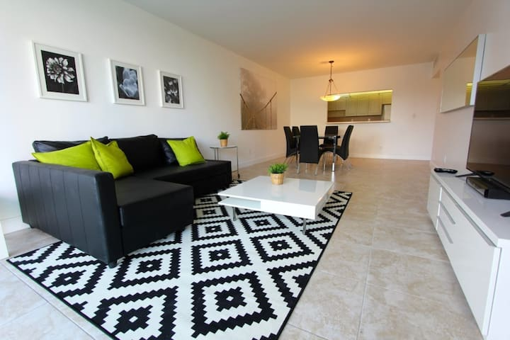 1 Bedroom Park View apartment OR419
