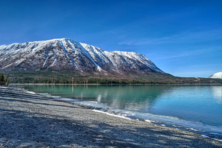 Peaceful Mountain-View Home - Walk to Kenai Lake!