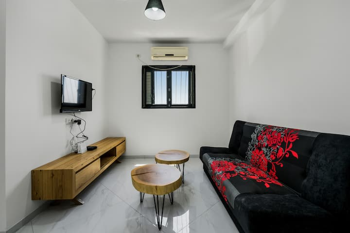 Best offer in Bat Yam just 2 min from the beach(3)