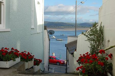 Seascape Aberdovey Apartment with views of Dovey - Aberdyfi