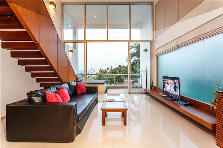 Seaview Duplex in Surin with Pool & Balcony!!! - Surin - Wohnung