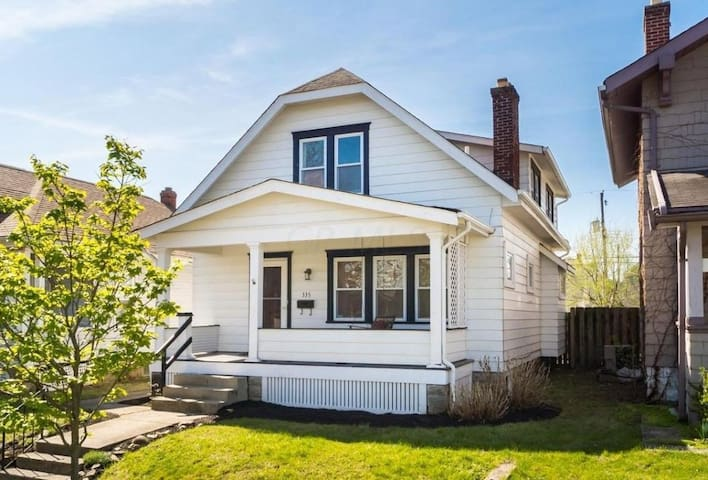 Cozy bungalow near Downtown - Columbus - Talo