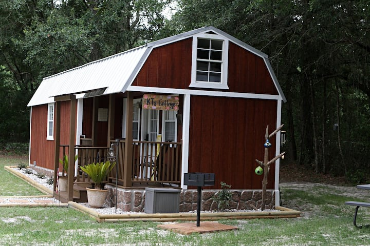 KT's Cottage  Tiny Home near the Suwannee River