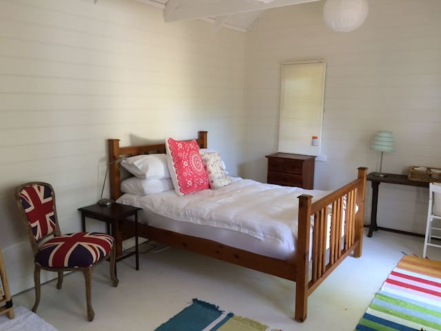 Light & Airy Weatherboard Studio