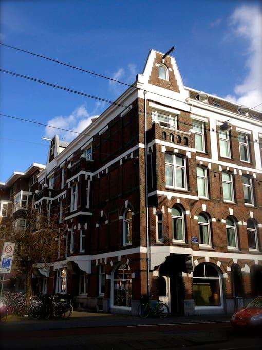building 1905