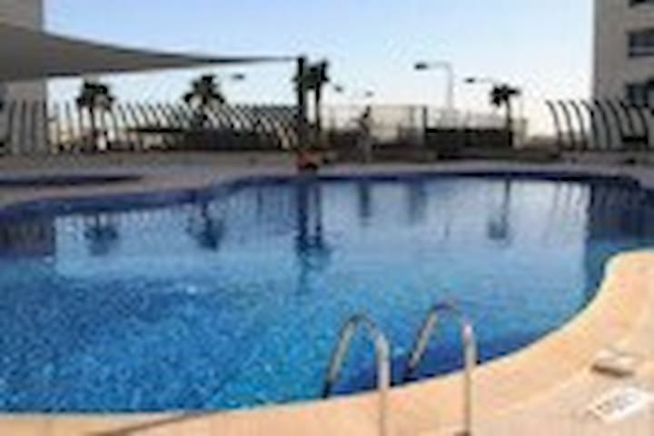 Luxury Sea View Apartment 5***** - Manama - Huoneisto