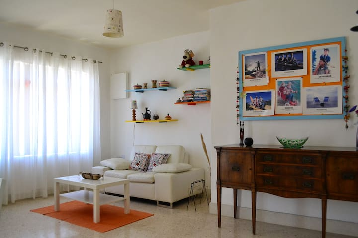 Homely apt with beach views in central Mellieha - Il-Mellieħa - Apartamento