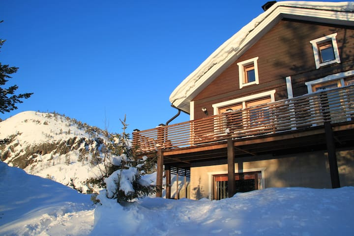 Chalet Piilukka (Fell view cottage with sauna)