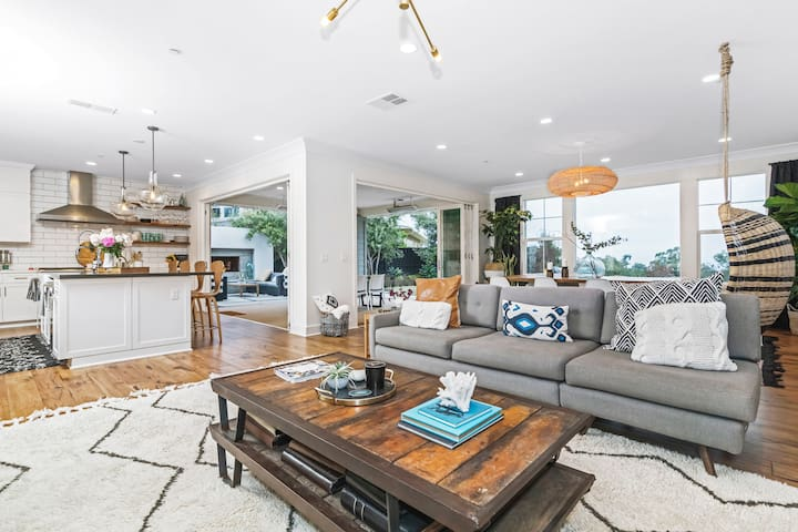Beautiful Encinitas Home,Big Ocean Views (30 days)