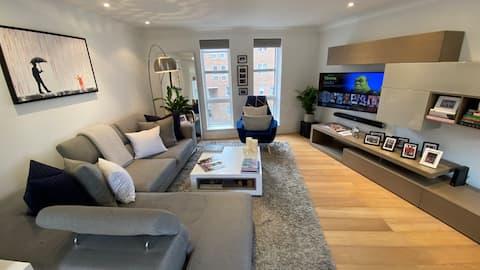 Luxury Spacious Apartment Hammersmith, West London