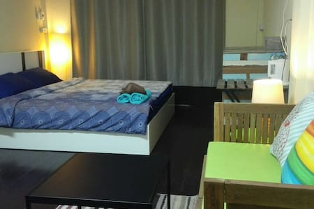 Studio room in popular area Khaosan road - Phra Nakorn