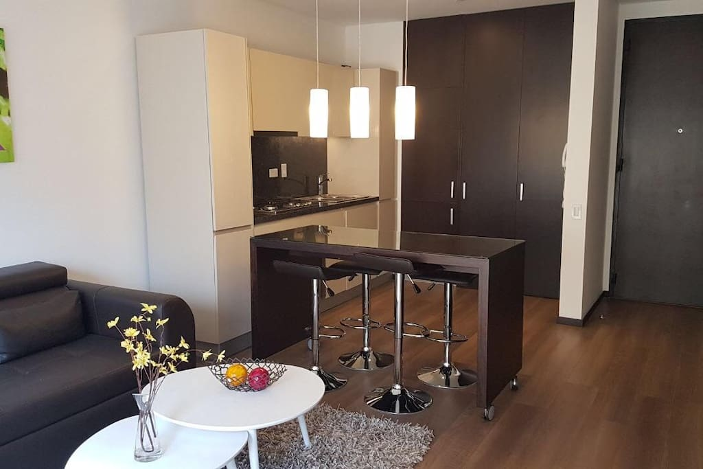Panoramica Sala-Comedor - Cocina