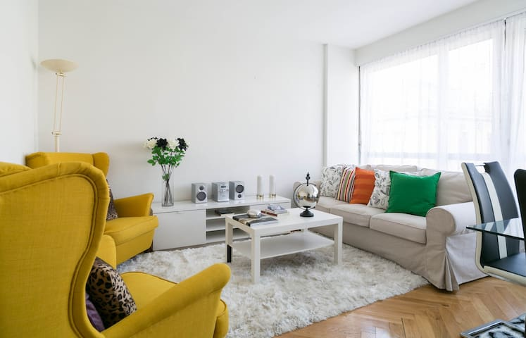 Fantastic Central Apartment at Cornavin - Genf - Wohnung