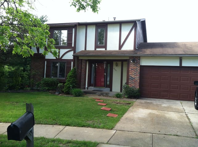 beautiful two floor house in st louis county - Florissant - Dom