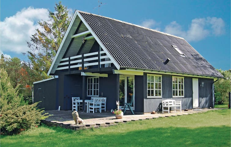 Holiday cottage with 3 bedrooms on 95m² in Glesborg
