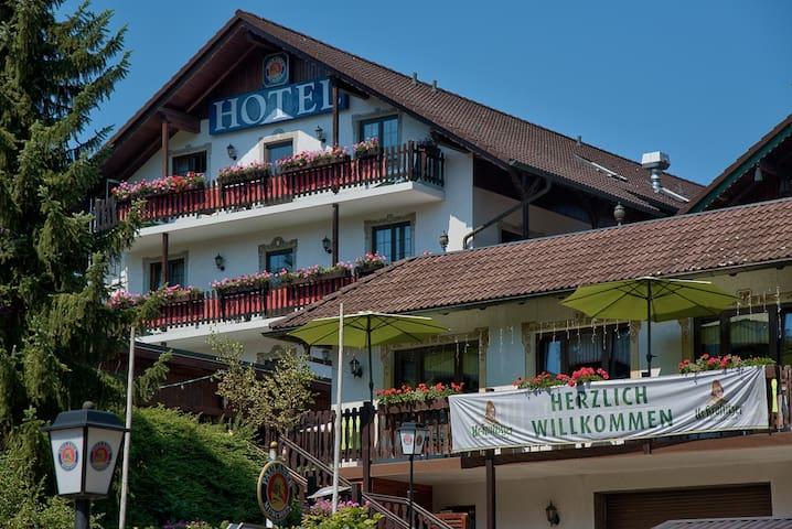 Urlaubs und Businesshotel - Schmalkalden