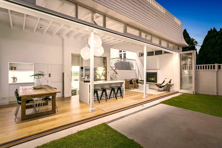 Satori - Light, bright, breezy home in Manly