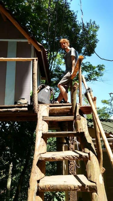 escada de acesso ao quarto