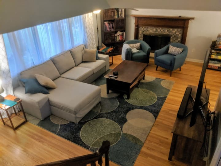 Room in Amherst in a gorgeous home near UB North