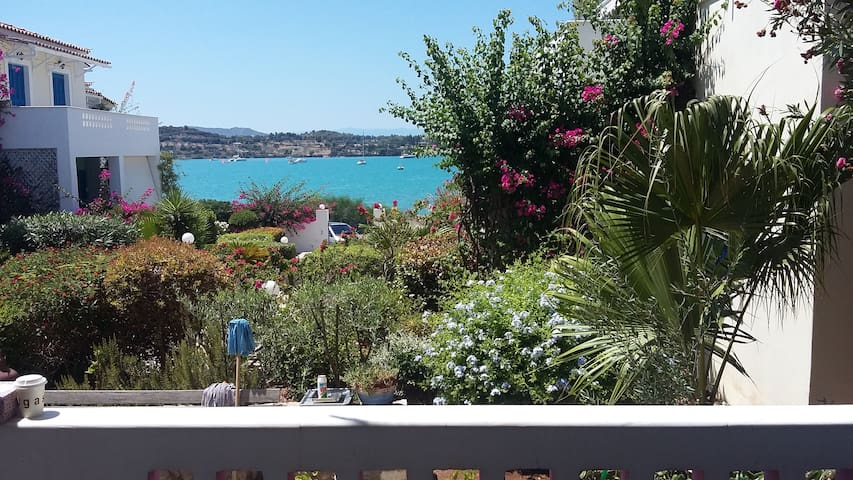 Pink villa - 2 bedroom with sea view in Porto Heli - Porto Cheli - Villa