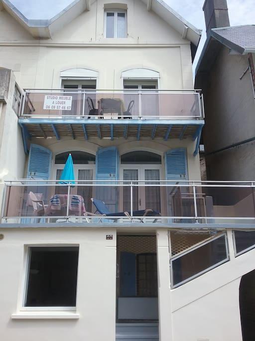 Maison berckoise divisée en 4 studios...