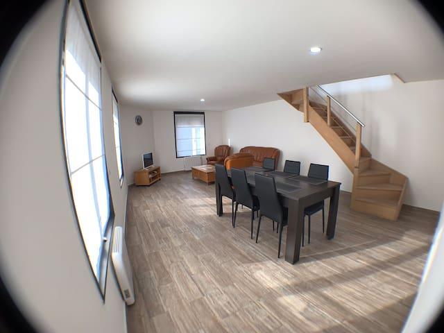 Appartement in het centrum van het dorpje Le Bizet