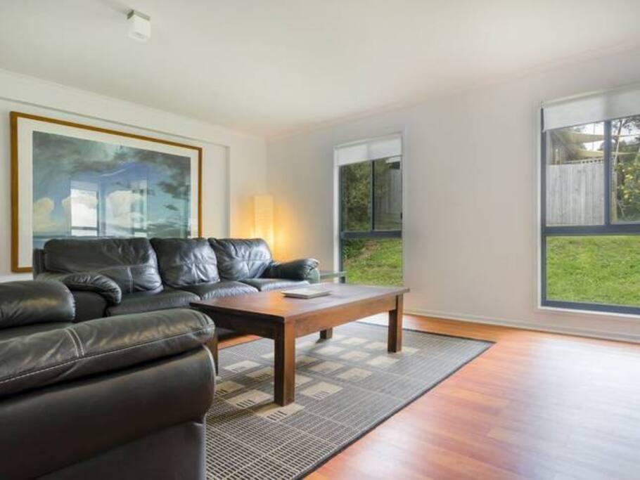 Large formal lounge