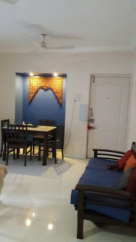 Upper Room - Pune - Bed & Breakfast