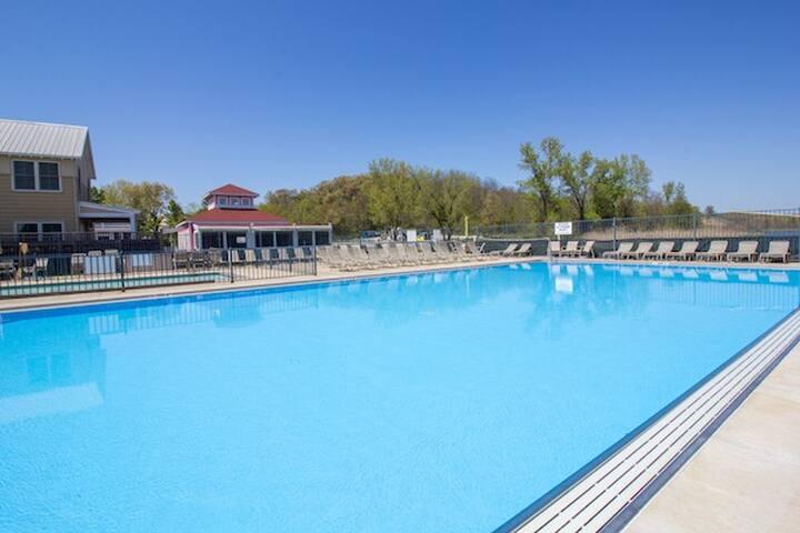 Heated pool is seasonal, weather permitting.