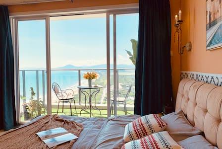 【设计师民宿】摩洛哥之夜/三亚湾沙滩海景一居公寓/5晚接机